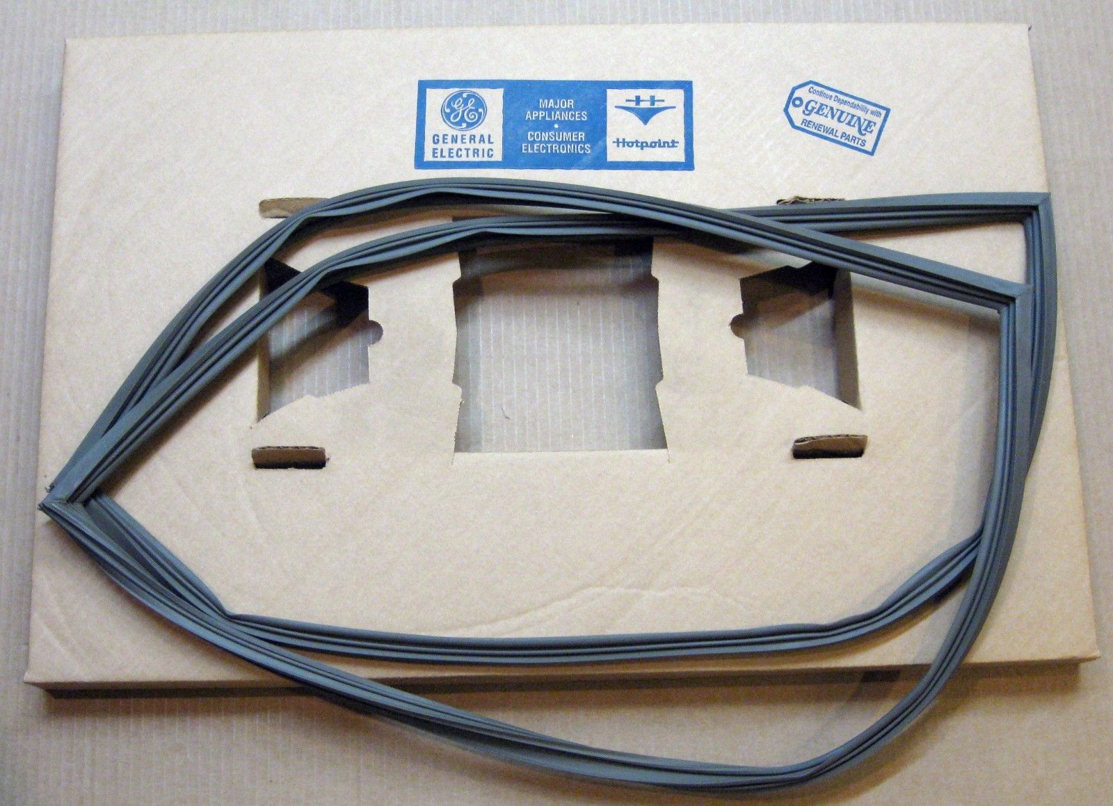 Wr24x309 For Ge Refrigerator Door Gasket Seal Ap2067880