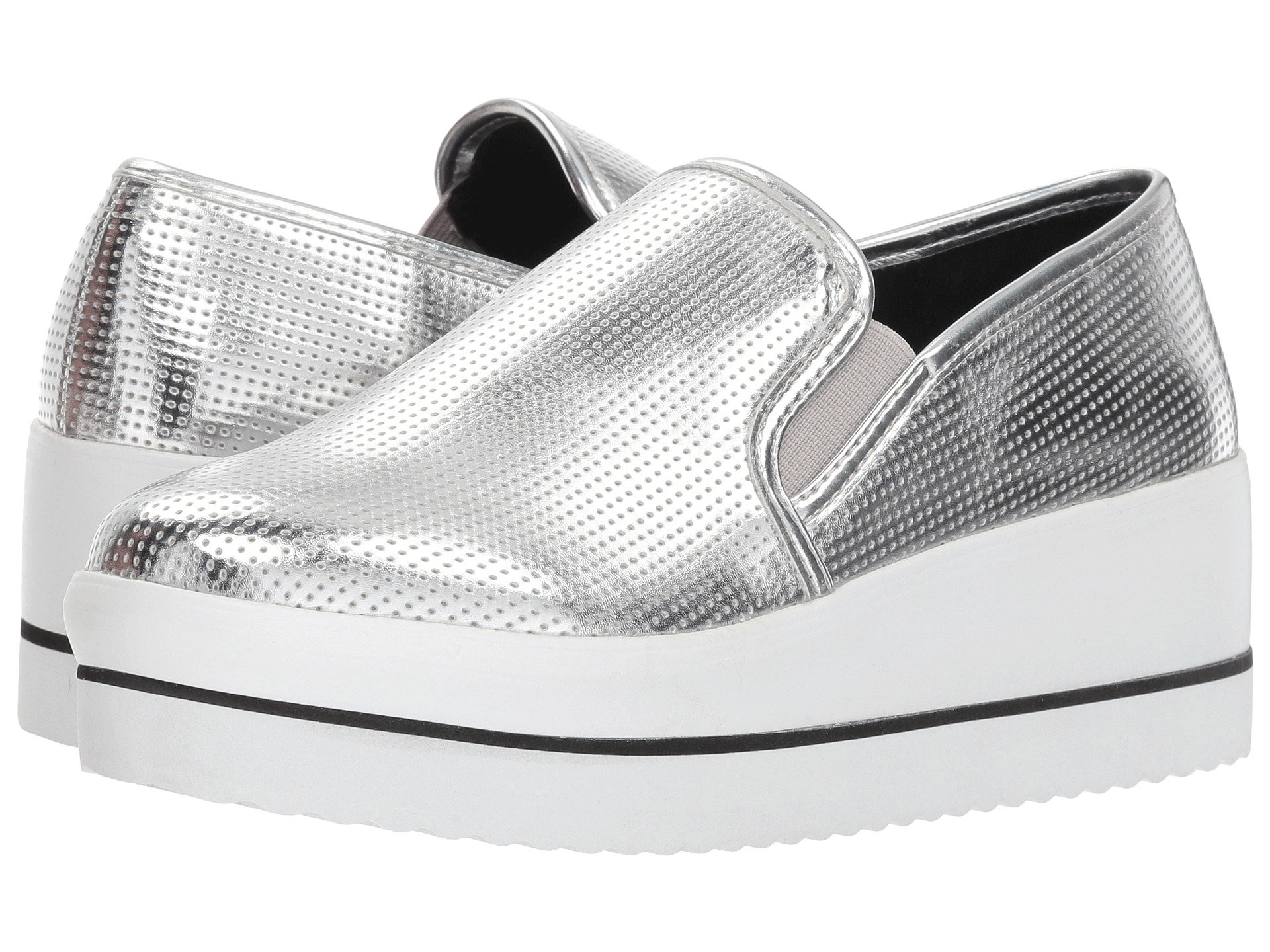 6f524d38730 Elevate your chic everyday look in the Steven Madden Becca platform sneaker.